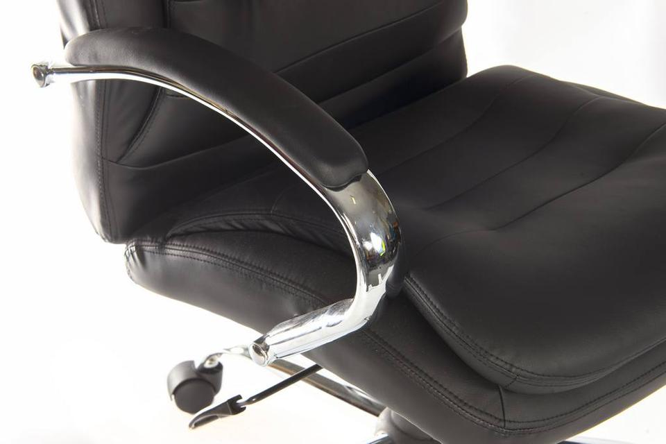 Thor Light Executive Chair
